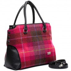 Irish tweed means eye-catching color and a sturdy design for real-life use.