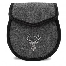 Tweed Day Sporran with Pewter Stag Head