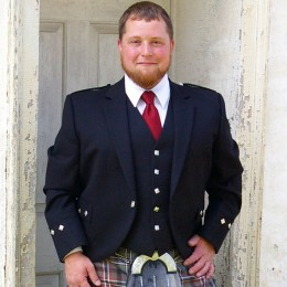 Men's Argyll Kilt Jacket at USA Kilts - sharp and elegant Highland Dress!