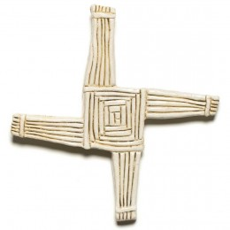 The rustic and wholesome St. Brigid's Cross honors Ireland's ancient past and adds Celtic spirit to any room.